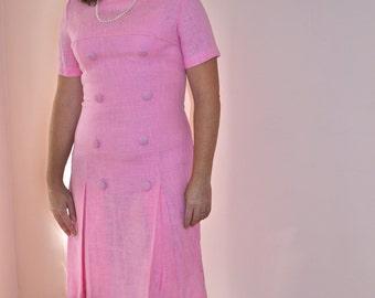 Linen Scooter Dress. 1960's Vintage Dress. Short Sleeves.  Salmon Pink Burlap Linen.   Modern Size Medium / Large - VDS31