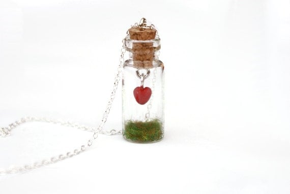 https://www.etsy.com/uk/listing/89662201/heart-in-jar-necklace-mothers-day-gift