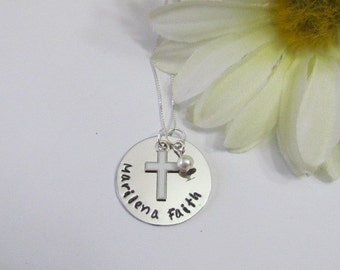 1st Communion Necklace // Baptism gifts//1st communion girls//gifts for girls//flower girl//Cross necklace//personalized necklace girls