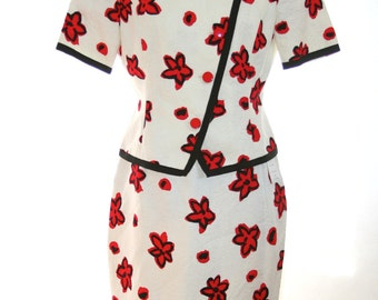 Carlisle Suit  - Red and white flowers - Very Fun - Size 8 or 10