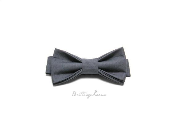 Quincy- Gray Adjustable Bow Tie