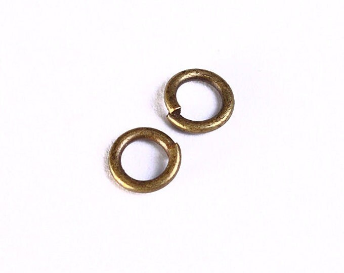 4mm Petite antique brass jumpring - Petite antique bronze round jump ring - open jumpring - Nickel free lead free (991) - Flat rate shipping