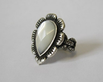 Vintage faceted mother of pearl silver ring.  Size 6 and a quarter.  Signed.