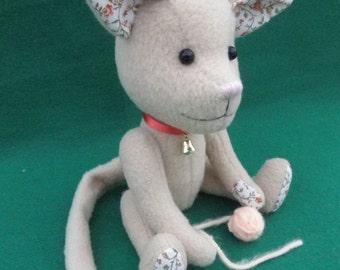 Tabitha Kitten, cream kitty with yarn ball, soft sculpture cat