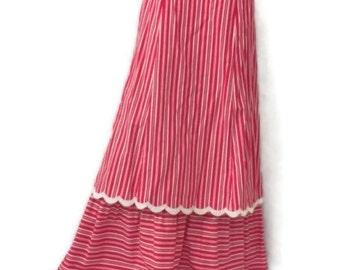 1970s red and white long skirt // 70s skirt // antique like // antique skirt // 1900s skirt // 70s