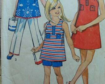 Super summer fun Girls dress top shorts and pant set pattern Simplicity 8867 size 14 1/2