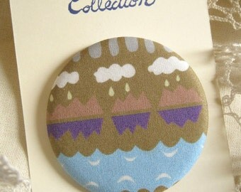 "Brooch with our original fabric ""yama-yama"""