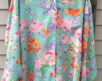 Tea Time- Vintage Woman's Button Up, Size L