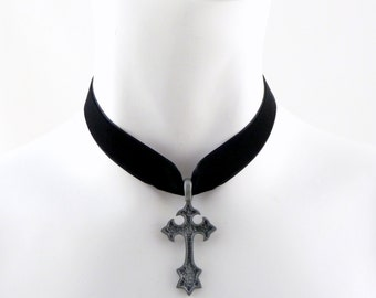 Gothic Pewter Cross Pendant on a Black Velvet Choker Necklace - Men, women, Unisex, Rock, Goth, Accessory, Jewelry
