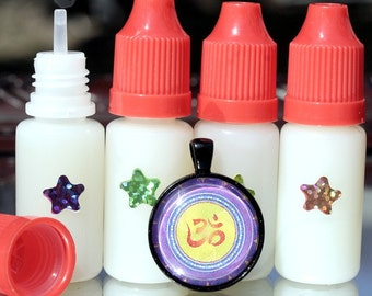 Destash 50 Applicator Bottles FREE SHIP Applicator Tip Just Under 1/2 Ounce Nail Art Applicator Bottles Glaze 3D Lacquer Glue
