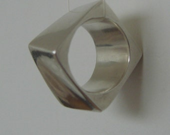 Ring - sterling silver twisted square ring