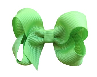 Apple green boutique hair bow - apple green hair bow, toddler bow, 3 inch bow