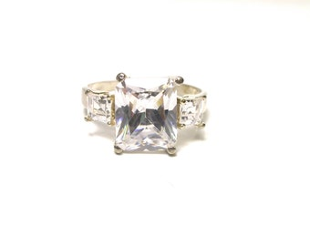 Vintage CZ Ring - Sterling Silver Cubic Zirconia Ring - Size 9 # 1360