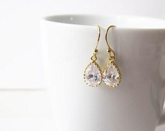 Teardrop Cubic Zirconia earrings // Gold dangle earrings