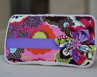 Passion Purple Flower Boutique Wipe Case
