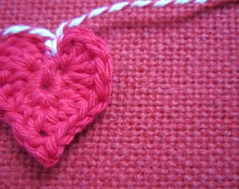 simple crochet heart garland