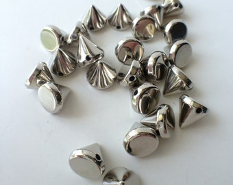 25 CCB Silver Acrylic Spikes Cones Beads Charms Pendants 8mm