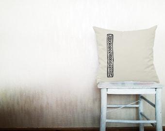 Geometric pillows decorative throw pillows white triangle pillows chevron throw pillows Christmas pillows arrow pillows 18x18 inches pillows