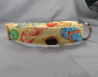 Flip Flops on Yellow Dog Collar