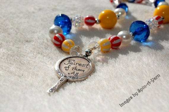 SNOW WHITE -Leigh- Bubblegum Beaded Necklace - Little Girl Necklace - Chunky Necklace - Snow White Party - Tickle Me Pink