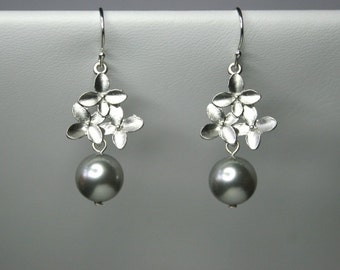 Cherry blossom earrings with pearls