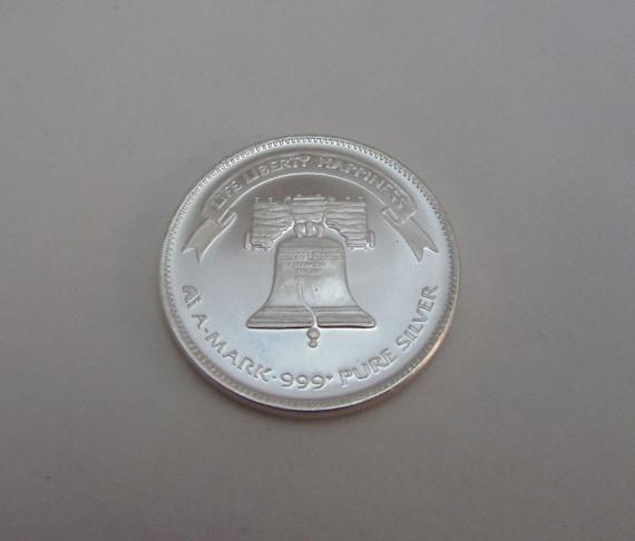 1oz  Silver Coin Liberty Bell  Round