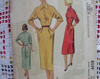 McCall's 1951 Junior Daytime Dress (Complete)