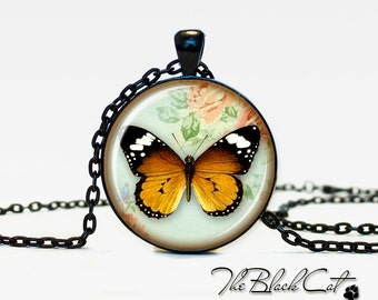 Butterfly jewelry Bug necklace the bug pendant bug jewelry vintage style bee jewelry