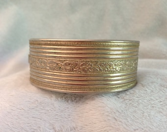 Vintage Floral Etched Design Hinged Brass Bangle Bracelet