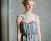 Lace Capelet in Antique Ivory or Bridal White - Woodsprite Capelet