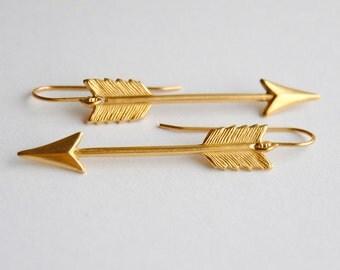 Small Arrow Earrings. Arrow Charm Jewelry. Bohemian Jewelry. Boho Chic. Brass Dangle Earrings. Gifts for Girlfriends. FREE Shipping in US