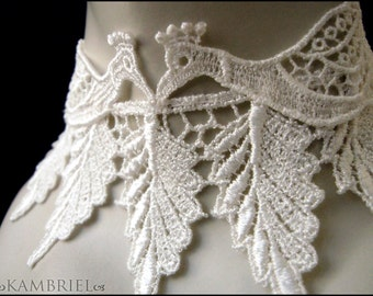 Ghost Bride - Romantic Ivory Lace Peacocks Choker - Brand New by Kambriel