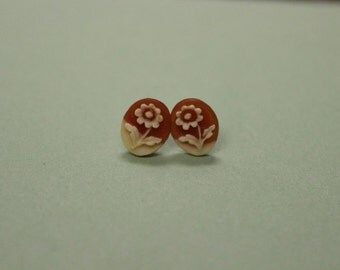 VINTAGE Tiny Red Flower Cameo Earrings