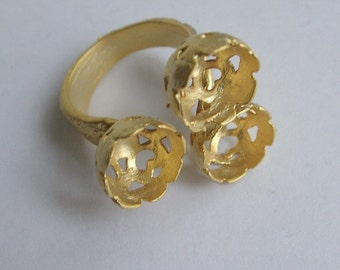 1pc- Matte Gold Plated Authentic Ring base with the same holes-10mm (007-009GP)