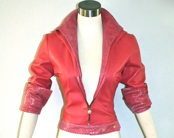GIANNI VERSACE Vintage Pink Leather Medusa Head Jacket Python Fitted Coat - AUTHENTIC -