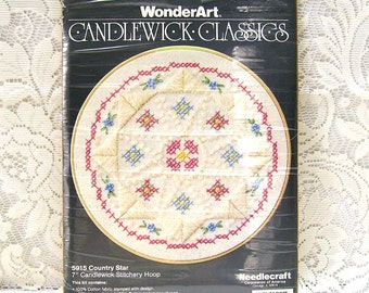 Embroidery Kit - Candlewick Embroidery - Country Star Pattern - Cross Stitch - Satin Stitch - Embroidery Hoop - Wall Hanging