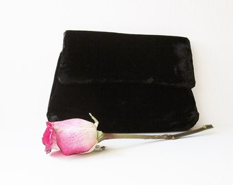 Black Velvet Vintage Clutch, Evening Bag, Handbag, 24K Gold Plated Purse Frame, Harry Levine USA, Accessory To Repurpose Recycle Reclaim