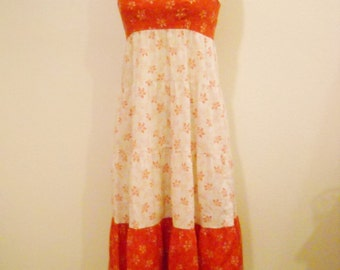 1970s Boho Red and White Cotton Print Sundress with Double Tie Back