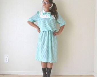 Polka Dot Dress 60s Vintage Mint Green Black Kitsch Sailor Bib Collar Day Dress