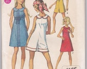 SALE 60s Junior Girl Dress Culotte Mini Pantdress Empire Waist Teen Size 7/8 Bust 29 Sewing Pattern Simplicity 8262 Complete