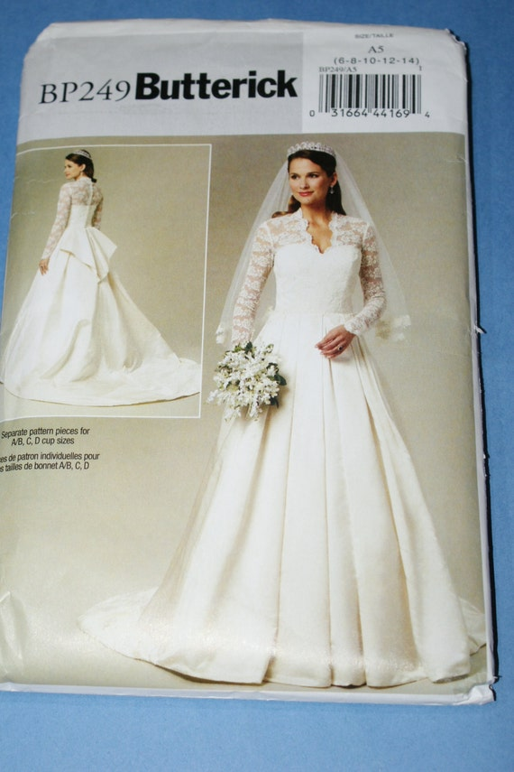 New butterick wedding gown sewing pattern b4131 by jrsherwood for Butterick wedding dress patterns