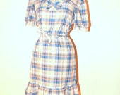 TARTAN TWIRL Vintage check plaid 1950s 60s BOHO  Button up shirt house dress ruffles rockabilly square dance hillbilly