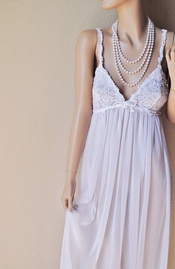 Long flowing sheer white nightgown by priamo neiman marcus small