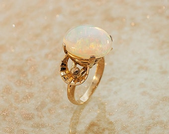 Vintage Ring - Vintage Crystal Opal Ring-14k Yellow Gold