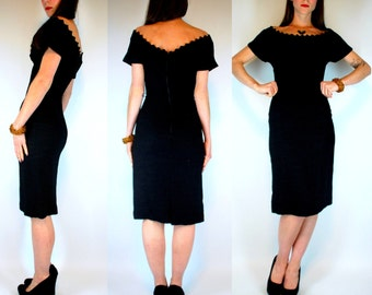 VTG 50s Black Wiggle Dress Bombshell Pin-Up Pencil cocktail mad men party off shoulder scallop cut out Mid CEntury XXS/XS