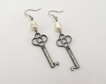 Antique Skeleton Key and Pearl Earrings - READY TO SHIP - Freshwater Pearl Earrings with Skeleton Key - Everyday Jewelry