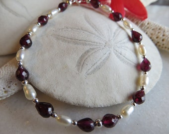 Faceted Teardrop Garnet Bracelet, Garnet Bracelet, Pearl Bracelet, January June Birthstone Bracelet, Valentine Bracelet, Valentine Gift