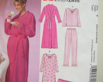 McCalls 4720 Easy Robe, Wrap around Robe, Pajamas, Shortie gown, lounge wear, Blanket Size X small  to medium   Uncut