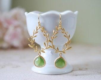 Peridot Green Earrings, August Birthstone Earrings, Gold Birthstone Jewelry, August Birthday Gift, Peridot Jewelry, Wedding Bridesmaid Gift