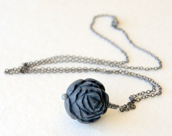 Black Rose Necklace - vintage Lucite rose bead necklace - Flower Necklace - garden inspired - floral jewelry - botanical jewelry